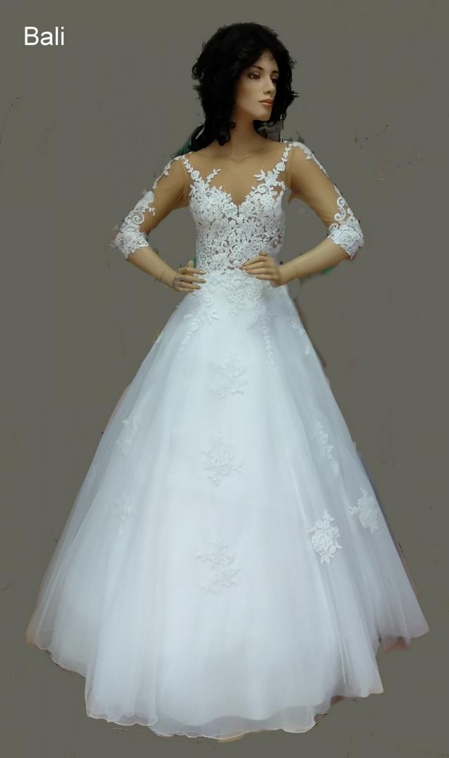 7fbab19cbcd9 Aktuálna ponuka svadobných šiat týchto značiek  Mori Lee